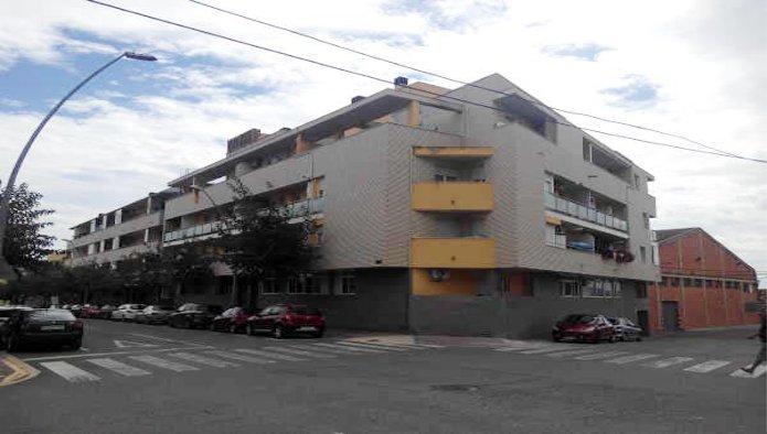 Piso en Alcarràs (66749-0001) - foto0