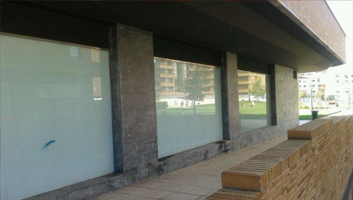 Locales en Oviedo (90612-0001) - foto0
