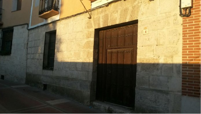 Solares en Tudela de Duero (39221-0001) - foto0