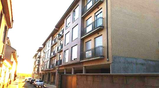 Locales en León (M72336) - foto3