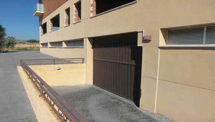 Garaje en Constantí (26227-0001) - foto1