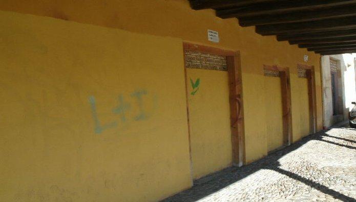 Locales en León (23055-0001) - foto0