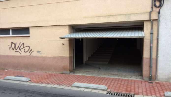 Locales en Lleida (30215-0001) - foto0