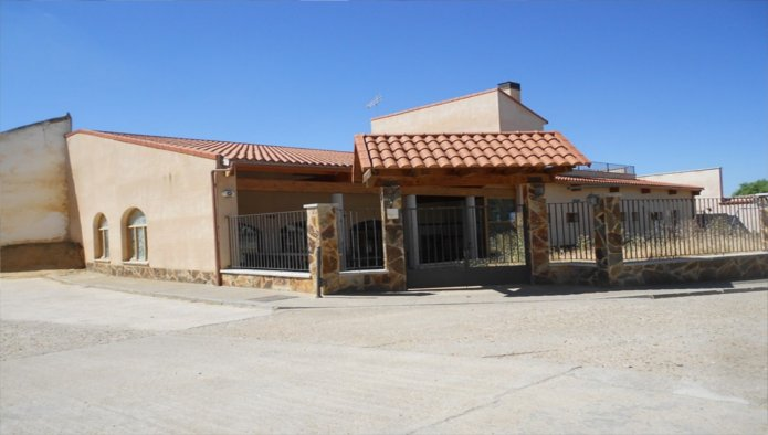 Edificio en Villafrech�s (34529-0001) - foto0