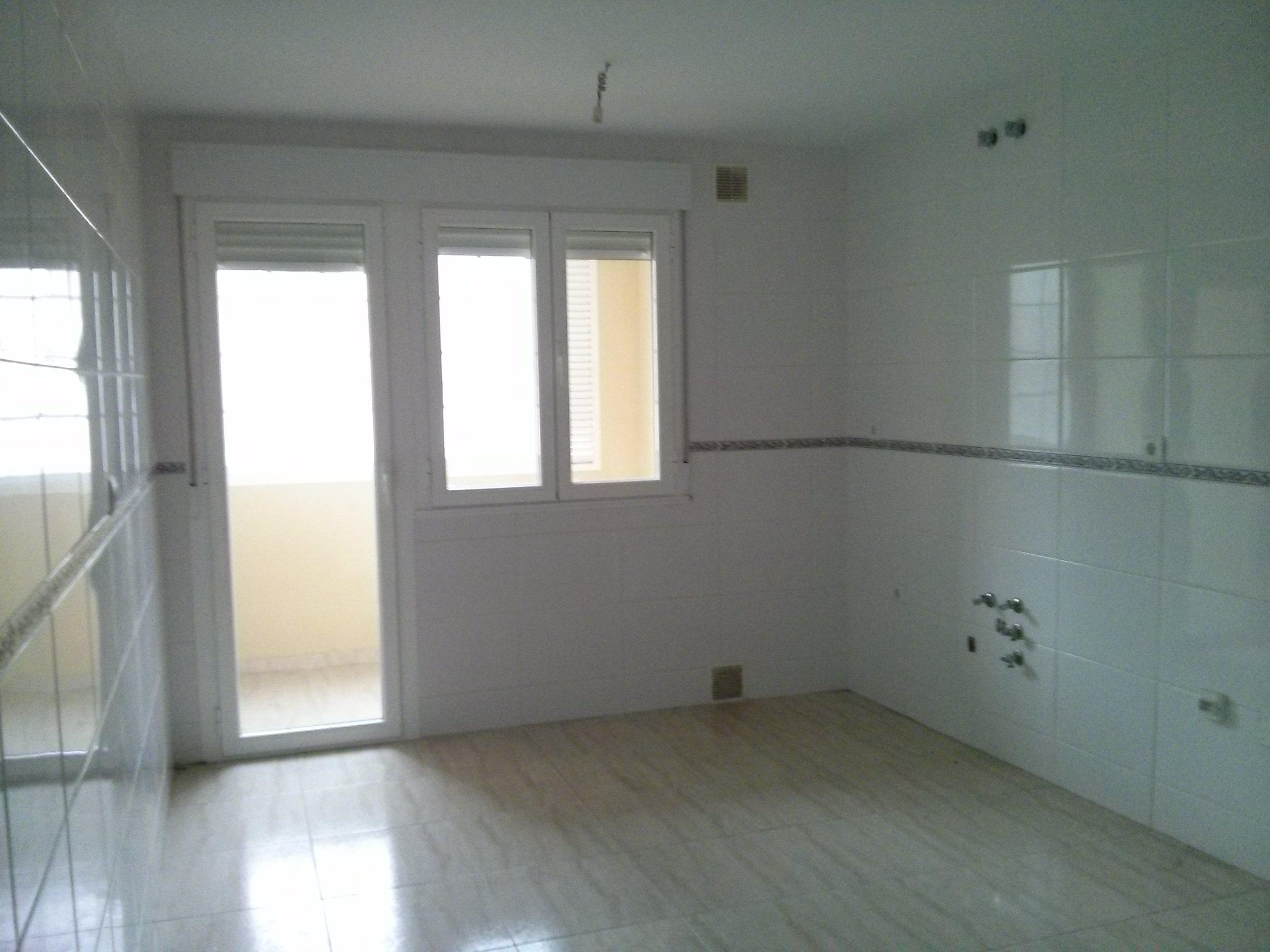 Locales en Bembibre (Edificio Castilla) - foto4