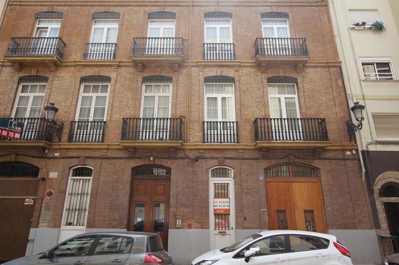 Locales en Valencia (33697-0001) - foto0