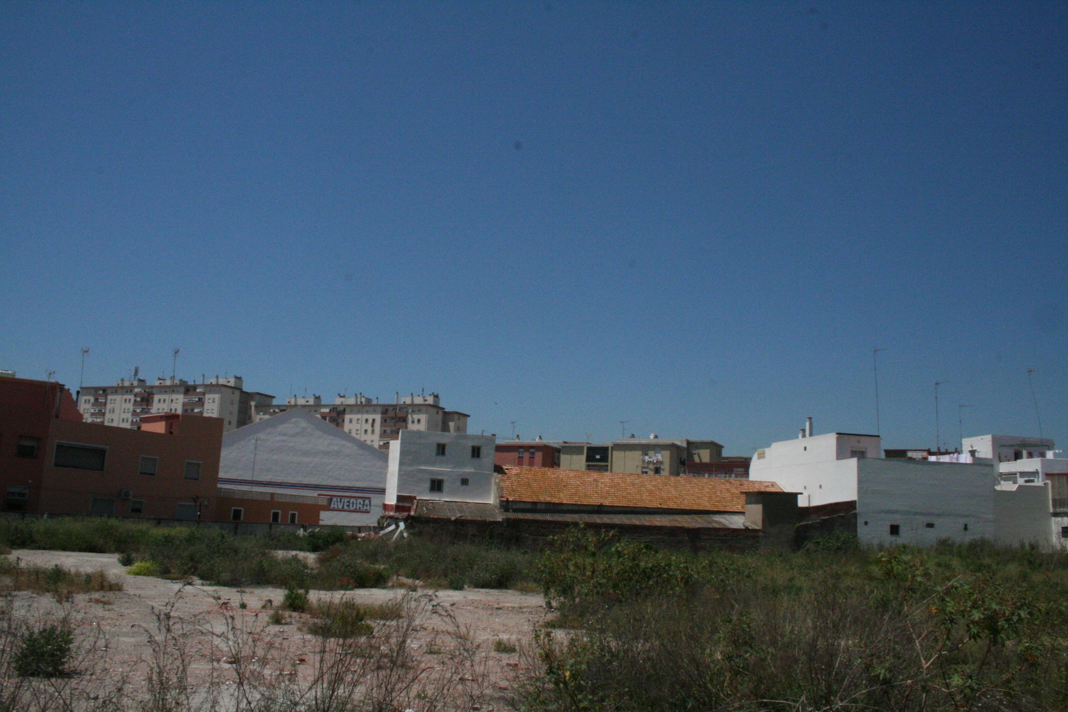 Solares en Algeciras (M67900) - foto1