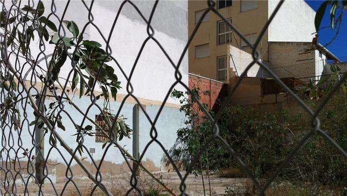 Solares en Alicante/Alacant (32148-0001) - foto1
