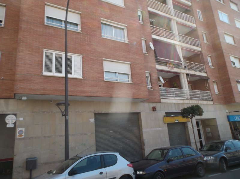 Locales en Reus (92042-0001) - foto0