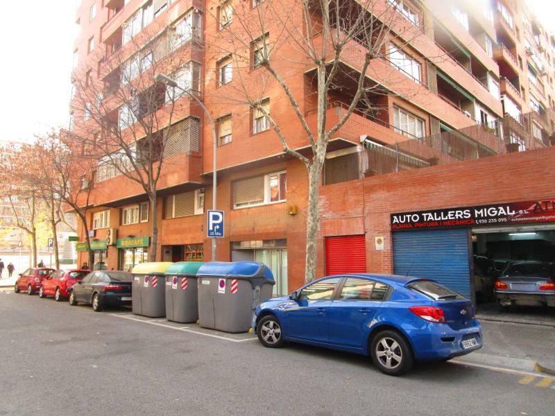 Locales en Barcelona (A2-75353-0001) - foto0