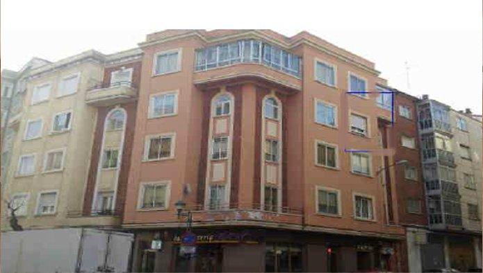 Piso en Burgos (69686-0001) - foto0