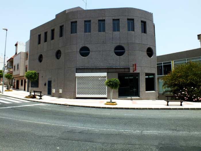 Edificio en Ingenio (31662-0001) - foto0