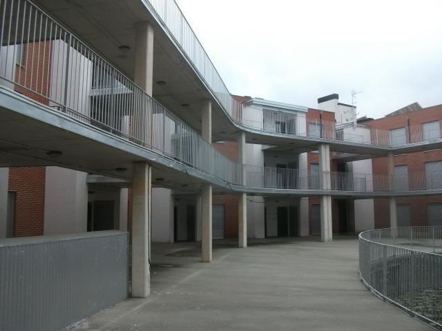 Edificio en Vitoria-Gasteiz (M56036) - foto1