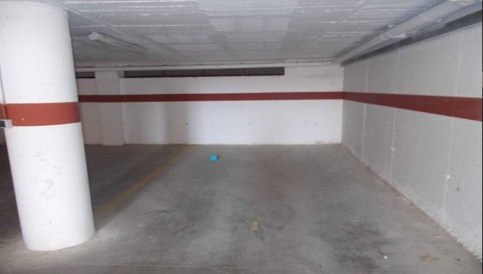 Garaje en Figueres (M50077) - foto2