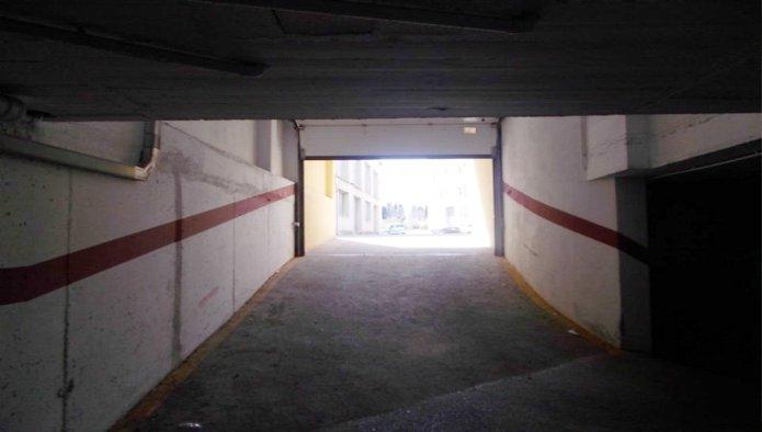 Garaje en Figueres (M50077) - foto1