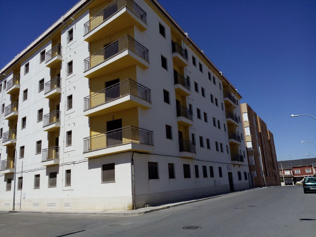 Edificio en Ocaña (M73853) - foto0