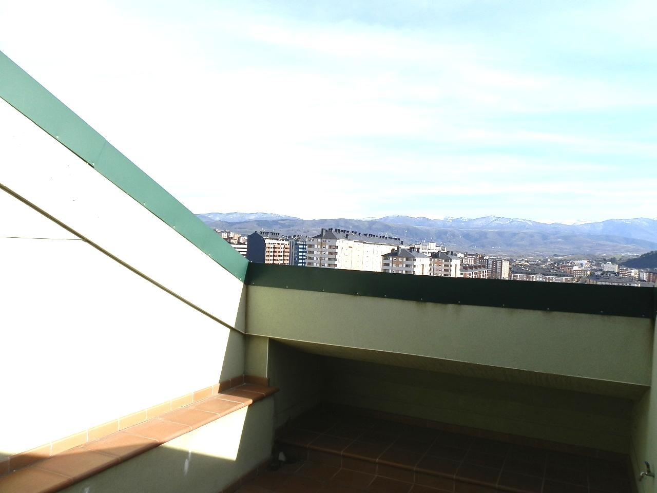 D�plex en Ponferrada (M72984) - foto13