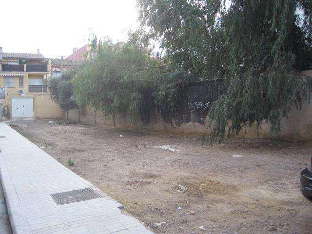Solares en Valencia (32125-0001) - foto1