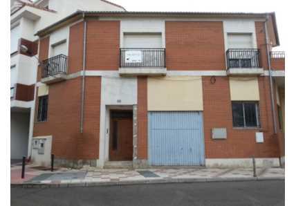 Solares en Santovenia de Pisuerga (92640-0001) - foto2