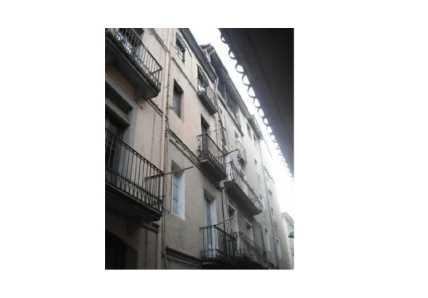 Edificio en Olot (42602-0001) - foto3