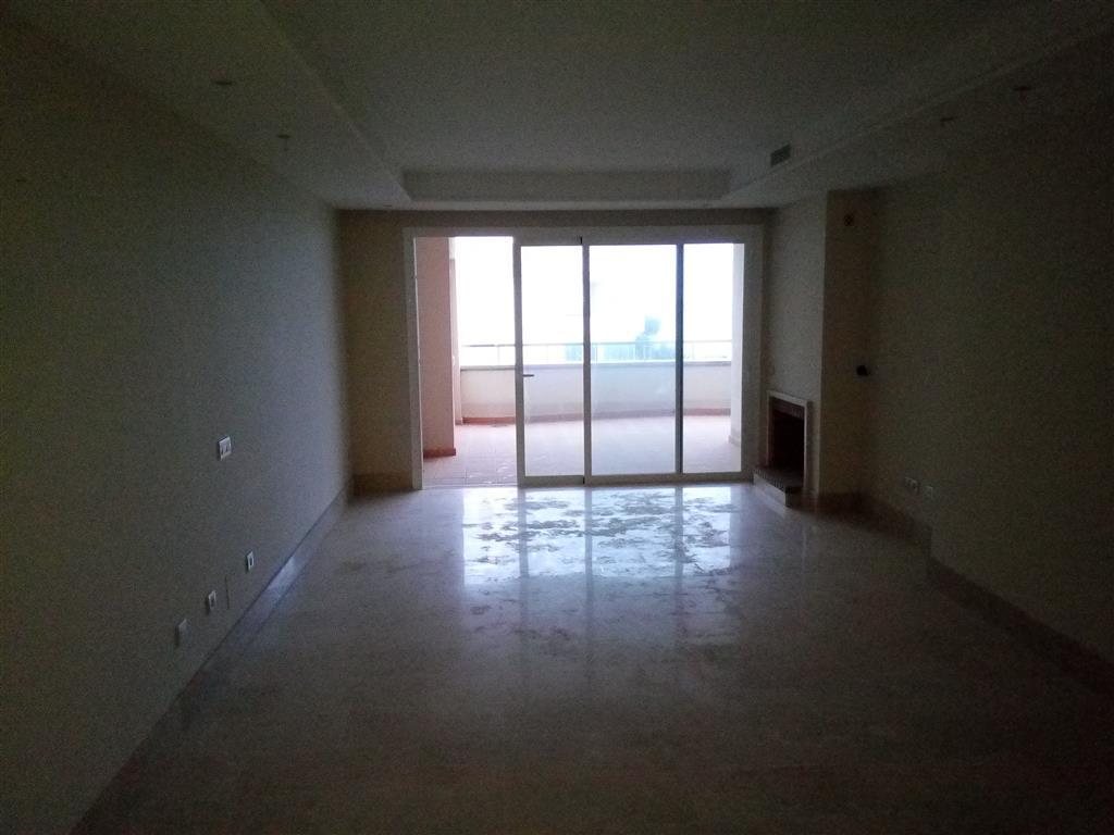 Apartamento en Estepona (30194-0001) - foto1
