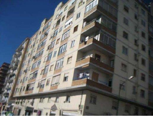 Piso en Huesca (72815-0001) - foto0