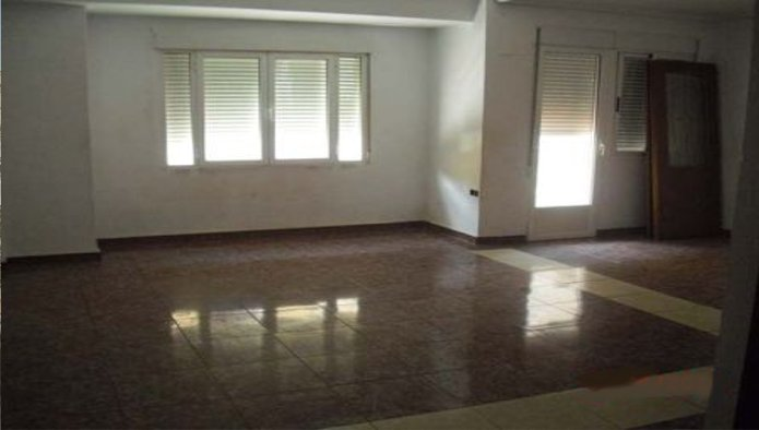 Apartamento en Llíria (01104-0001) - foto1