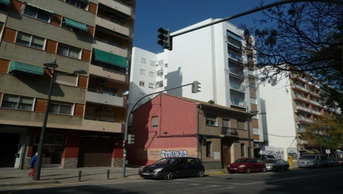 Solares en Valencia (30878-0001) - foto1