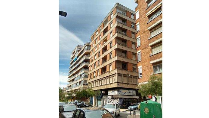 Edificio en Valladolid (M77727) - foto0
