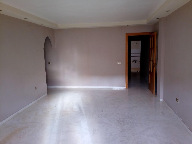 Piso en Estepona (30237-0001) - foto1