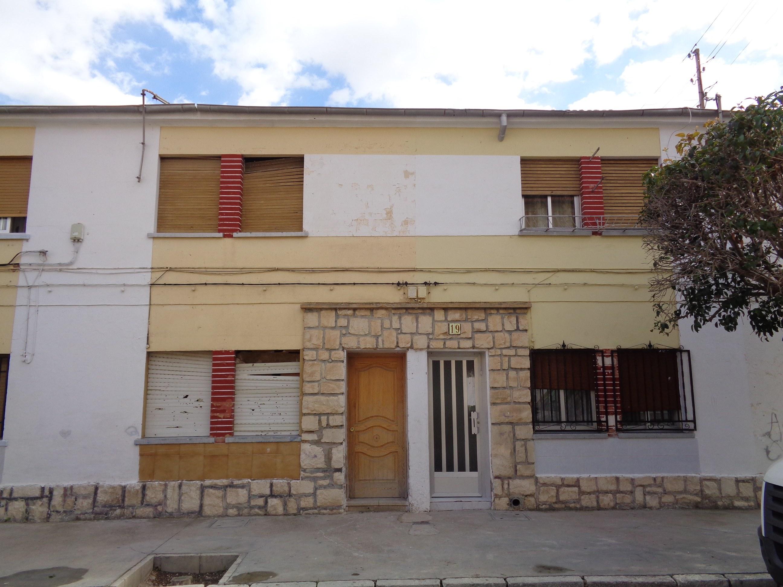 Casa en Villena (58760-0001) - foto0
