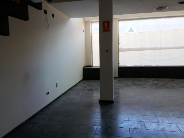 Locales en Oliva (30677-0001) - foto6