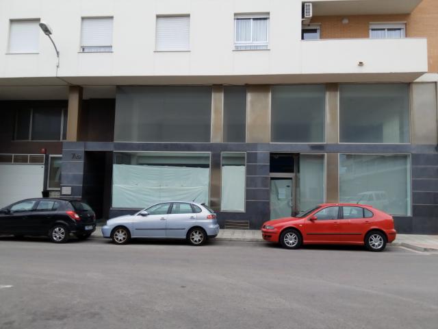 Locales en Oliva (30677-0001) - foto0