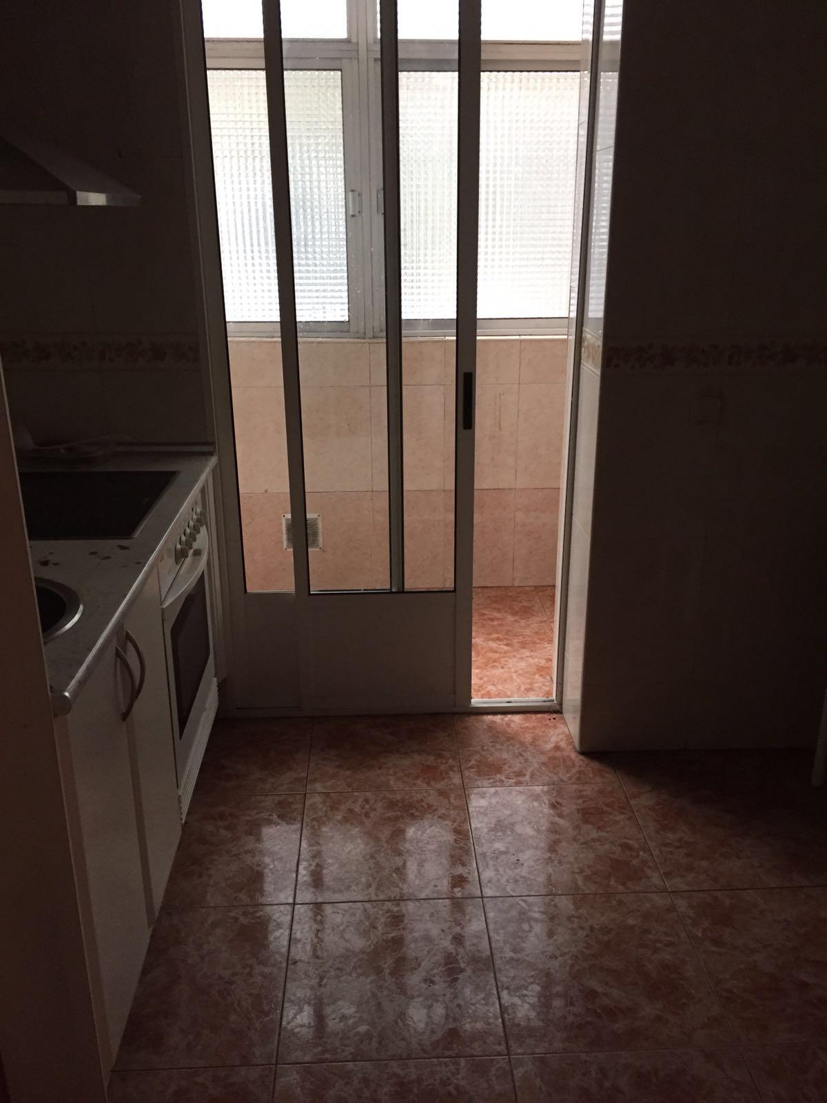 Apartamento en Valladolid (01052-0001) - foto2