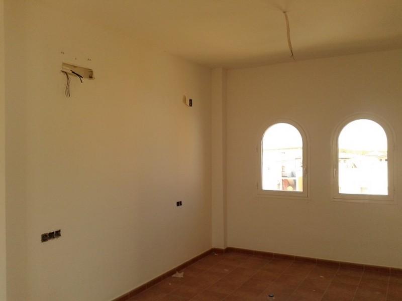 Edificio en Burguillos (M78482) - foto13