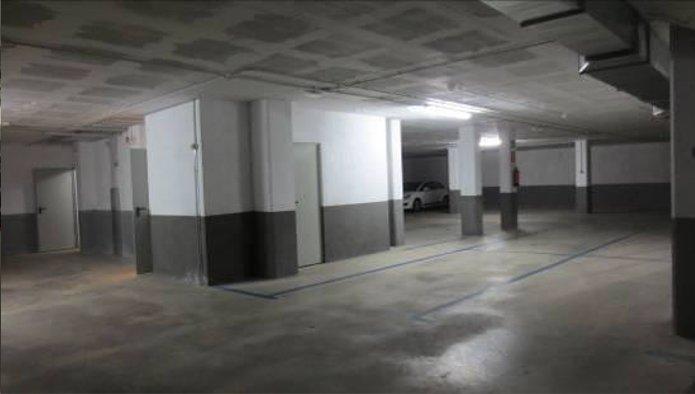 Garaje en Matar� (Calle Uni�) - foto5
