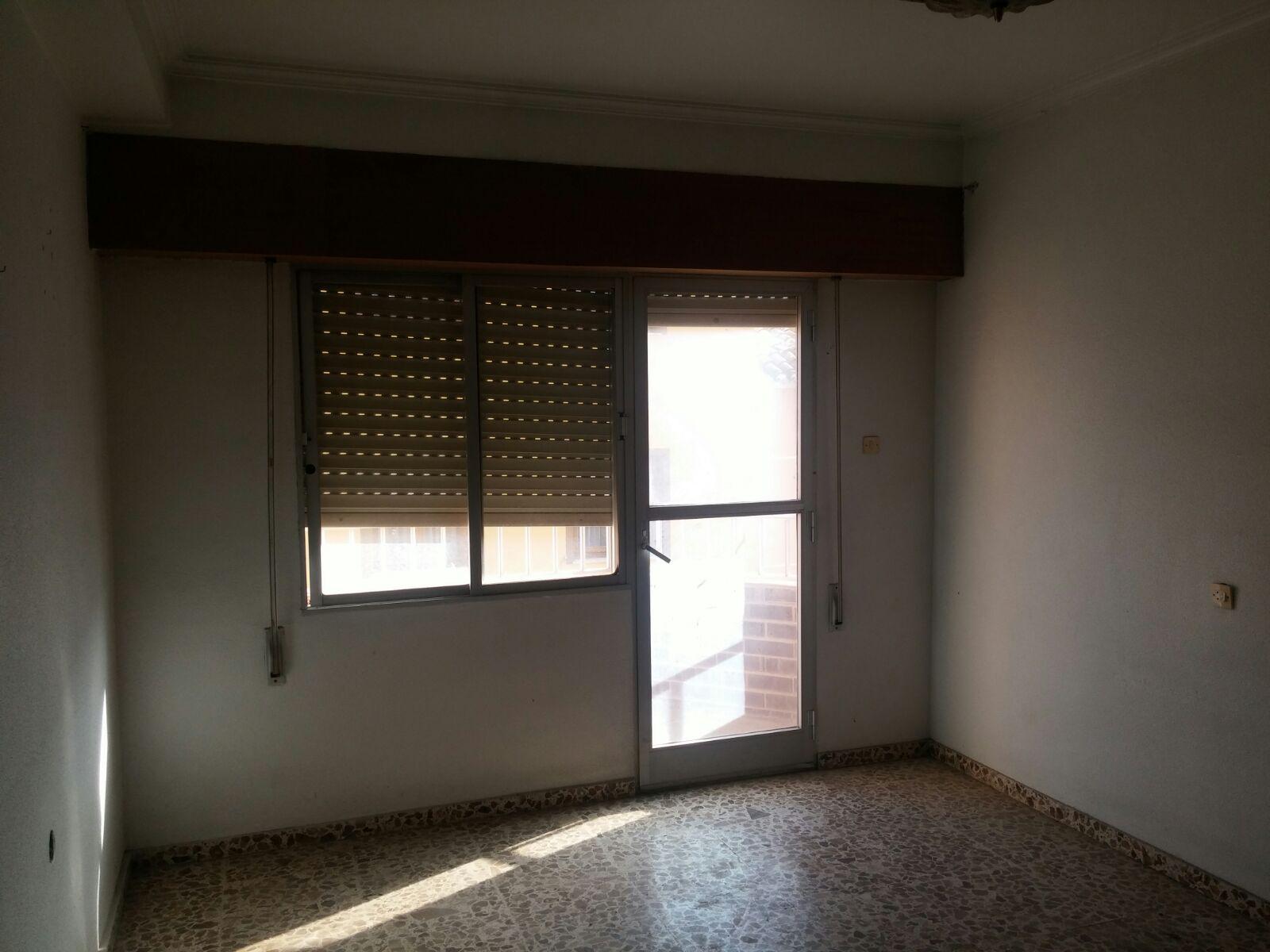 Edificio en Caudete (35369-0001) - foto2