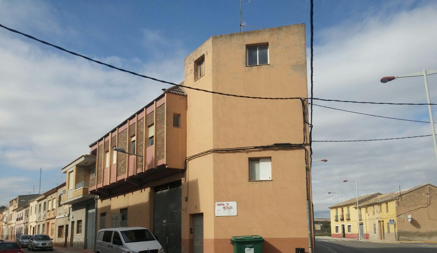 Edificio en Caudete (35369-0001) - foto0