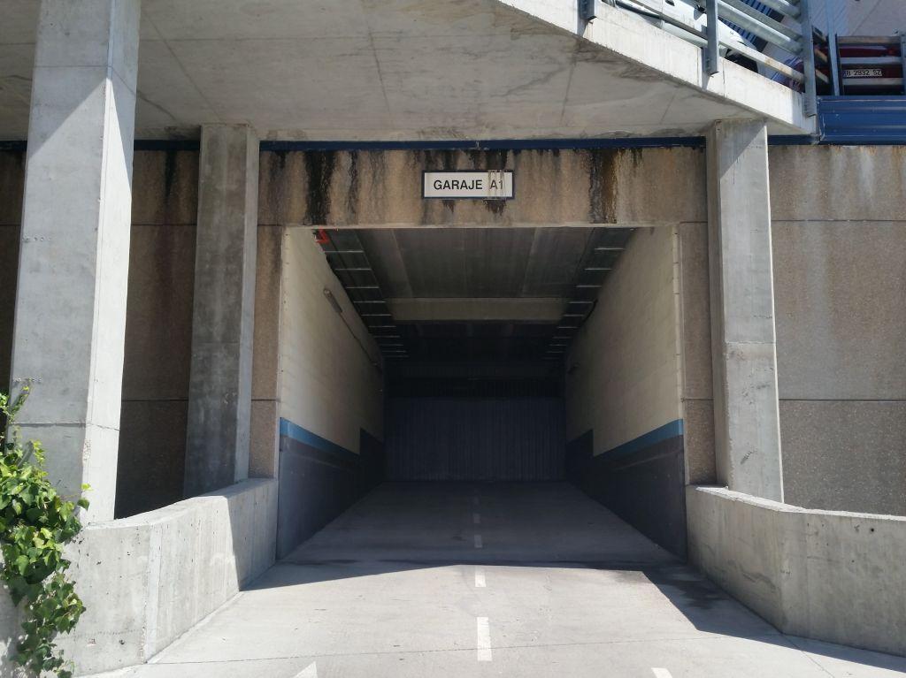 Garaje en Madrid (32161-0001) - foto0