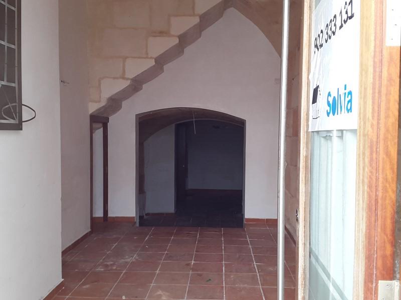 Locales en Ciutadella de Menorca (64528-0001) - foto2