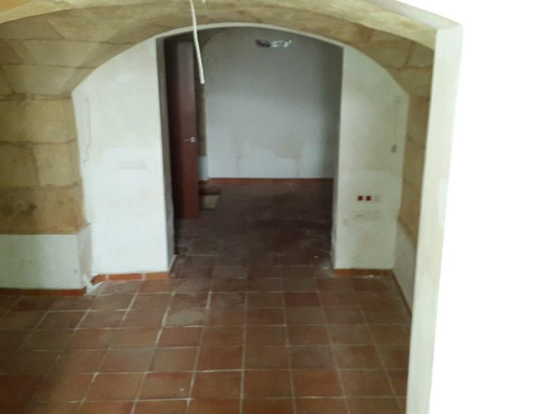 Locales en Ciutadella de Menorca (64528-0001) - foto3