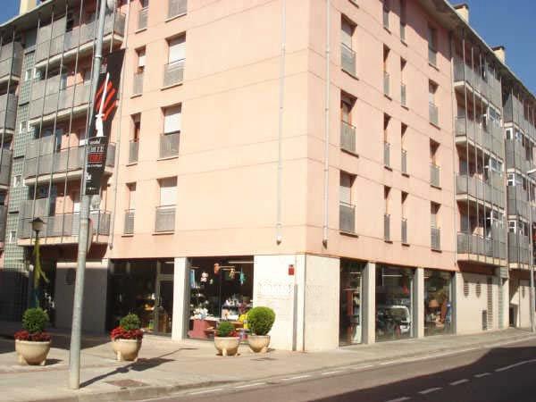 Locales en Ripoll (09702-0001) - foto0
