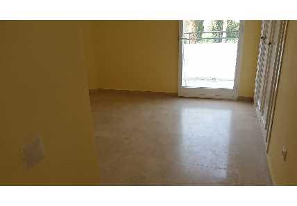 Apartamento en Estepona - 0