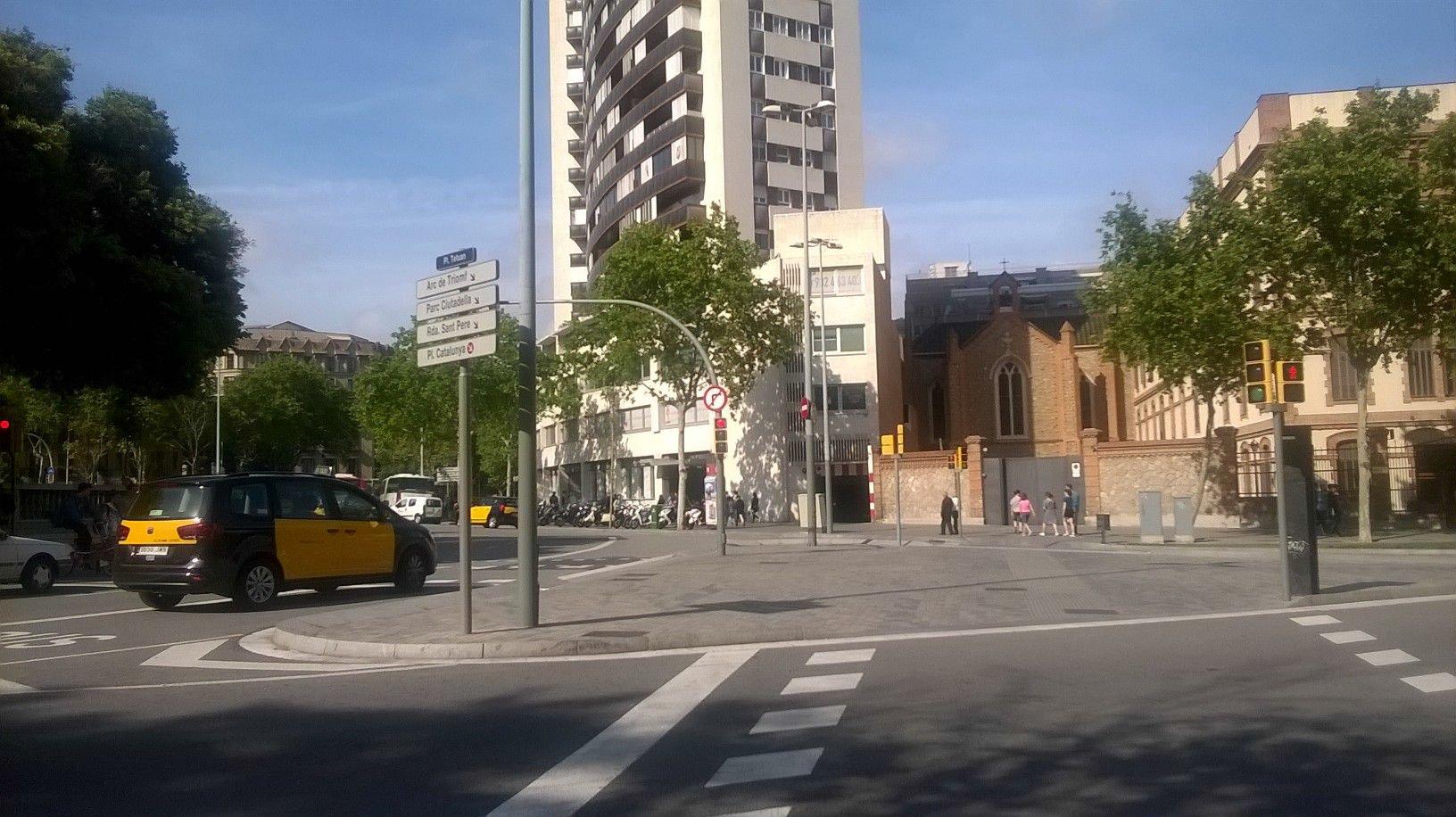 164852 - Parking Coche en venta en Barcelona / Tetuán