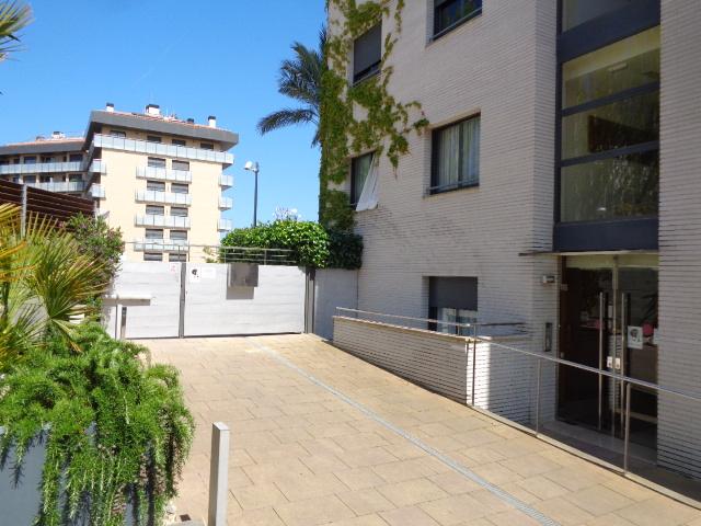 Garaje en Lloret de Mar (34955-0001) - foto0