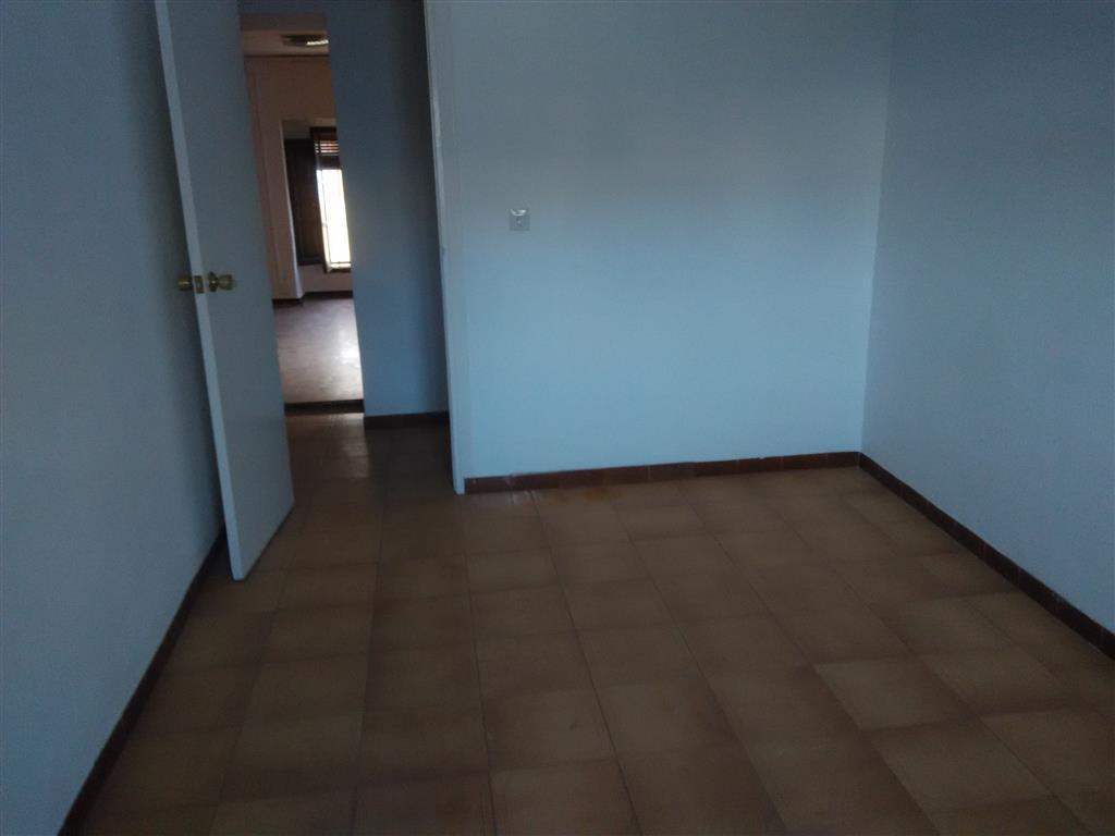 Casa en Villanueva de Algaidas (36455-0001) - foto8