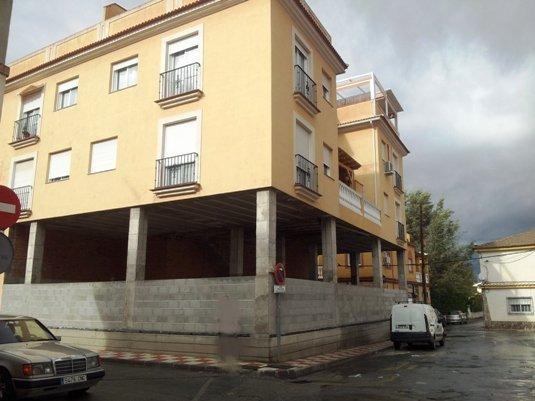 Locales en Cúllar Vega (00154-0001) - foto0