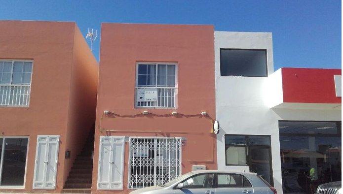 Locales en Puerto del Rosario (83848-0002) - foto0
