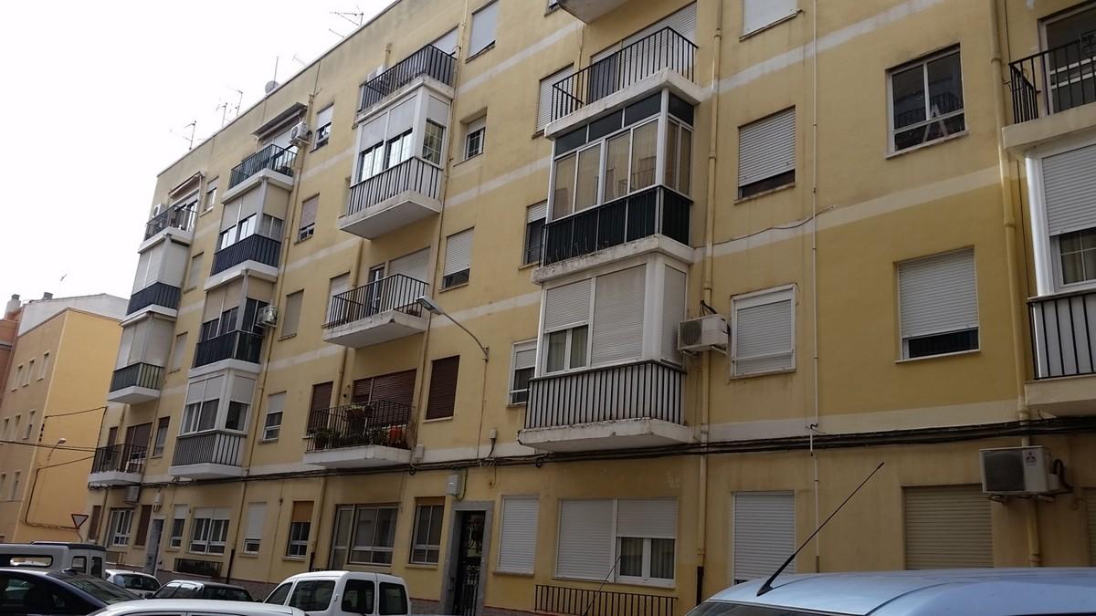 Piso en Villena (64747-0002) - foto0