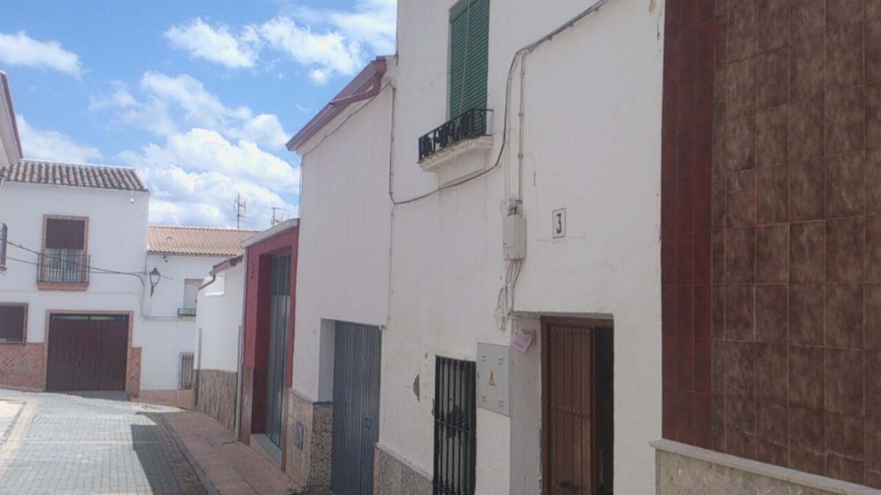 Casa en Lahiguera (93269-0001) - foto0